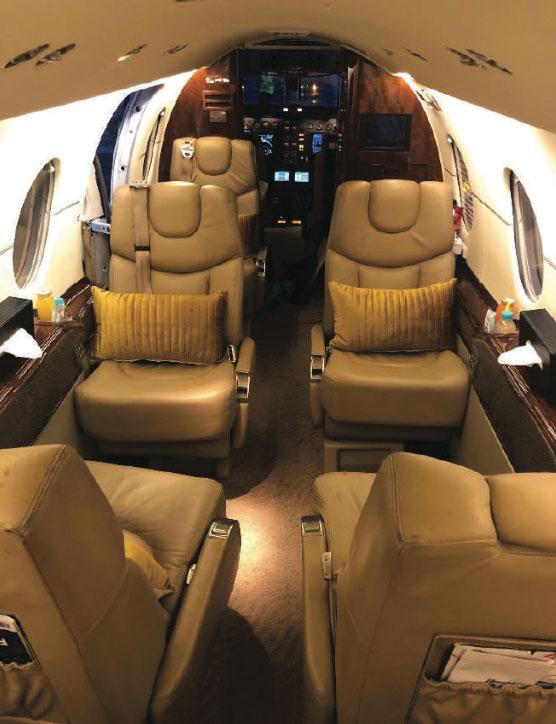 hawker 800 XP Cabin
